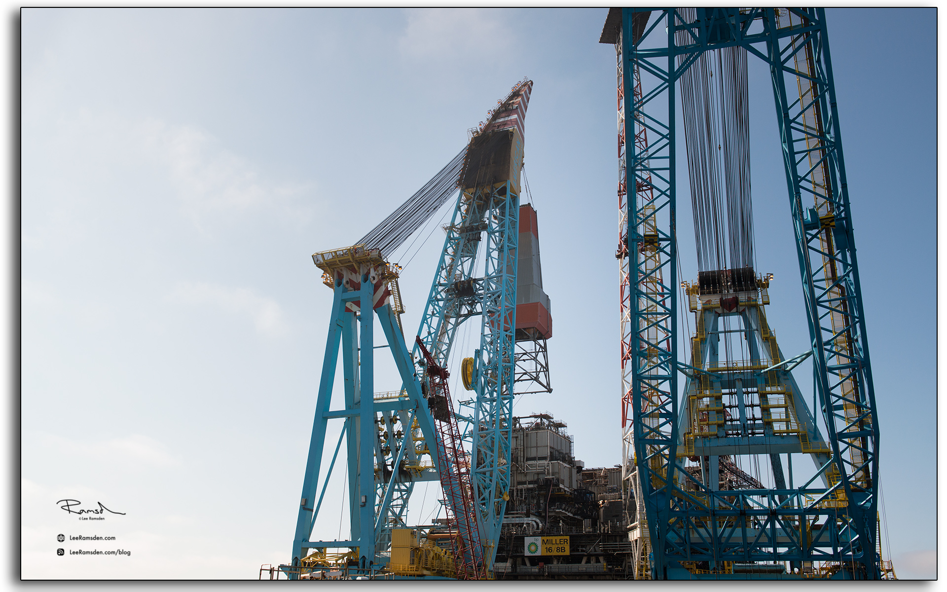 derrick lifted off platform, north sea, oil and gas rig