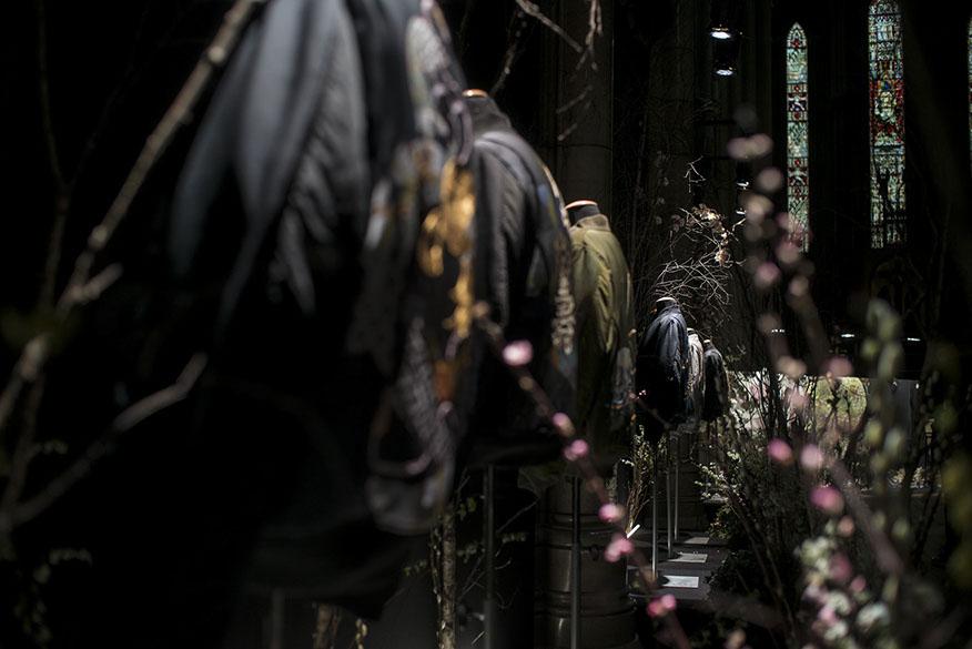 japan-paris-fashion-week-fw18-silk-jackets2.jpg