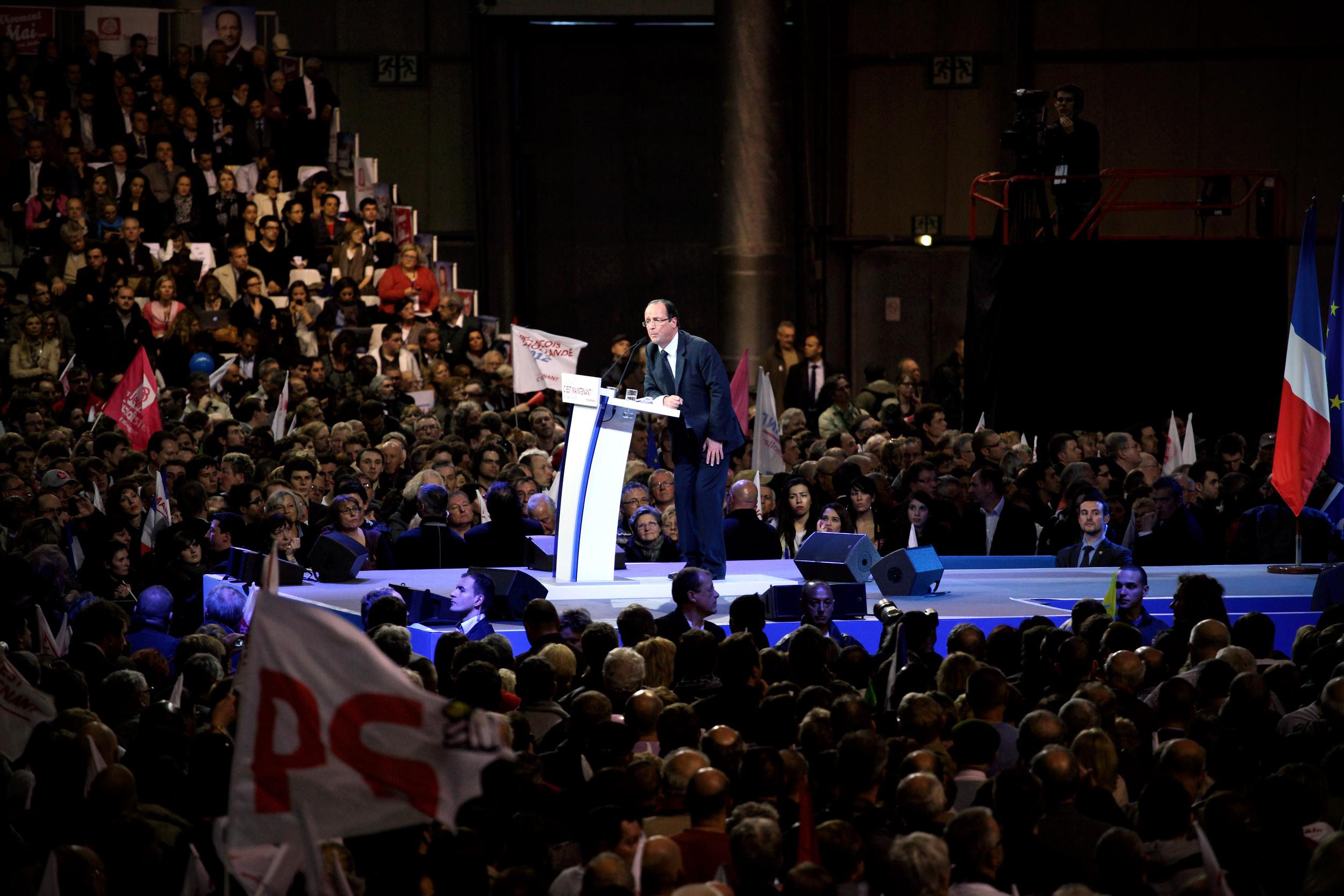 Reportage pendant les présidentielles 2012. Meeting de Marine François Hollande à Lille le 17 avril2012.