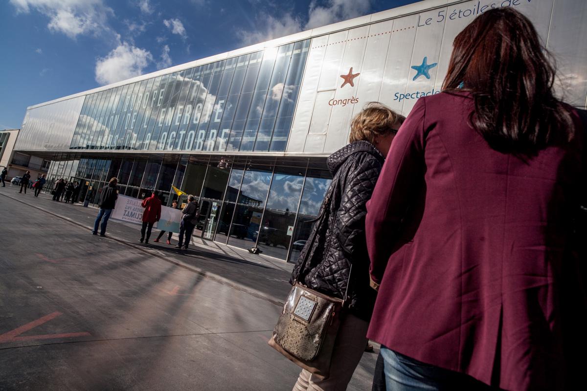 Reportage réalisé à Dunkerque le 08.10.15, à l'occasion des Dialogues Citoyens. Commande faîte par la Représentation en France de la Commission.