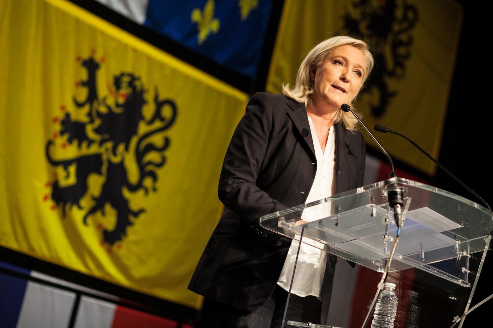 Marine Le Pen arrive en tête au premier tour des élections régionales du Nord-Pas de Calais en décembre 2015. Elle perdra face à Xavier Bertrand (LR) au deuxième tour. Hénin-Beaumont (62).