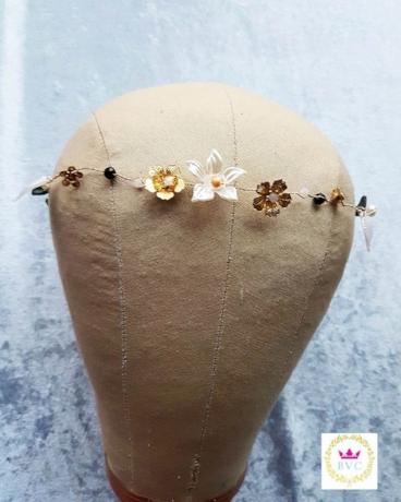 Yolanda Flower Hair Vine