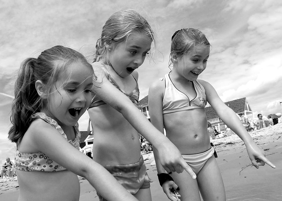 Jen Roy kids at the beach.jpg