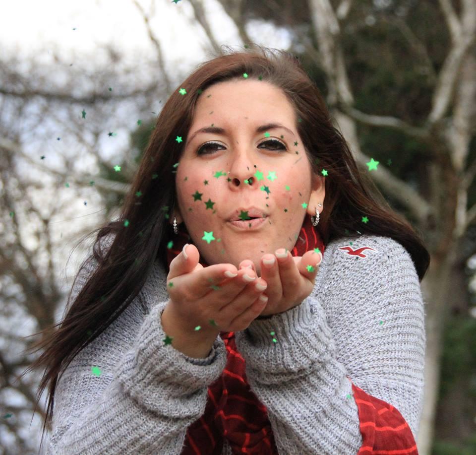 Kathy Kelly-Borowski blowing kisses.jpg