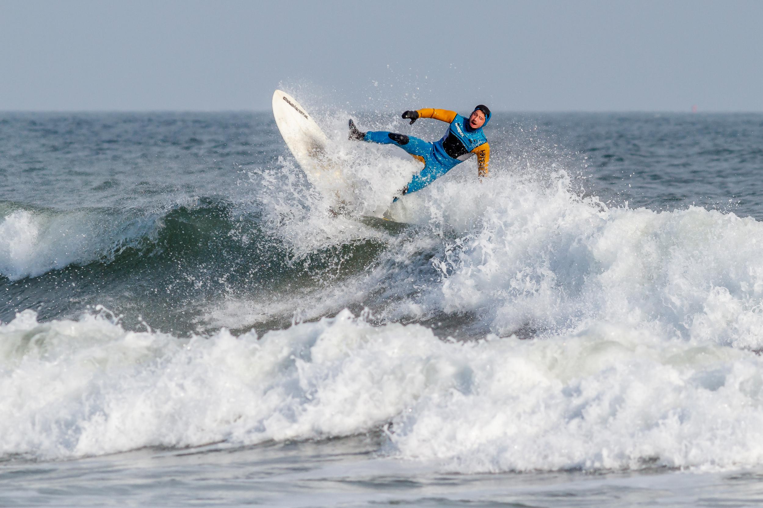 surfing-4414.jpg
