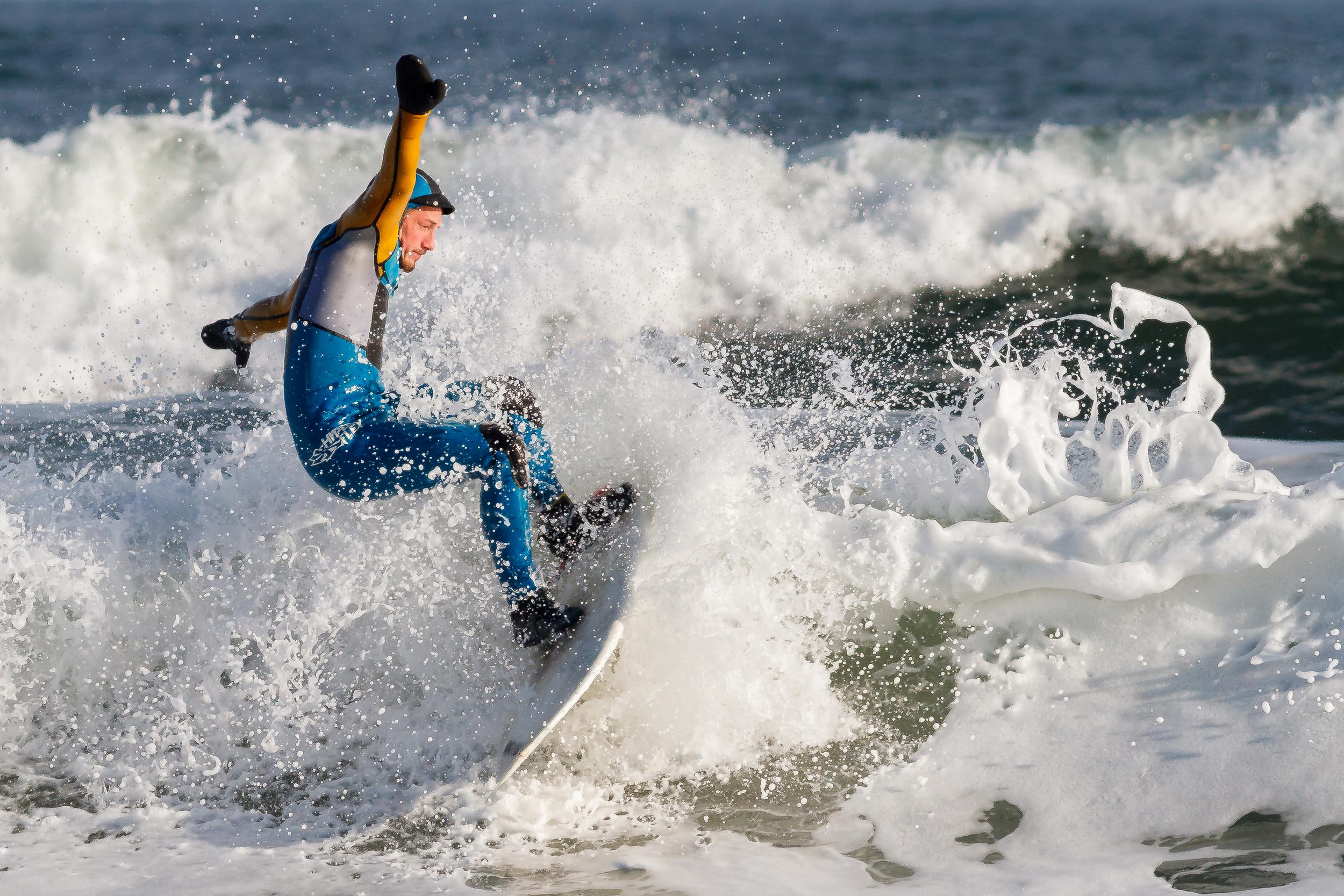 surfing-4640.jpg