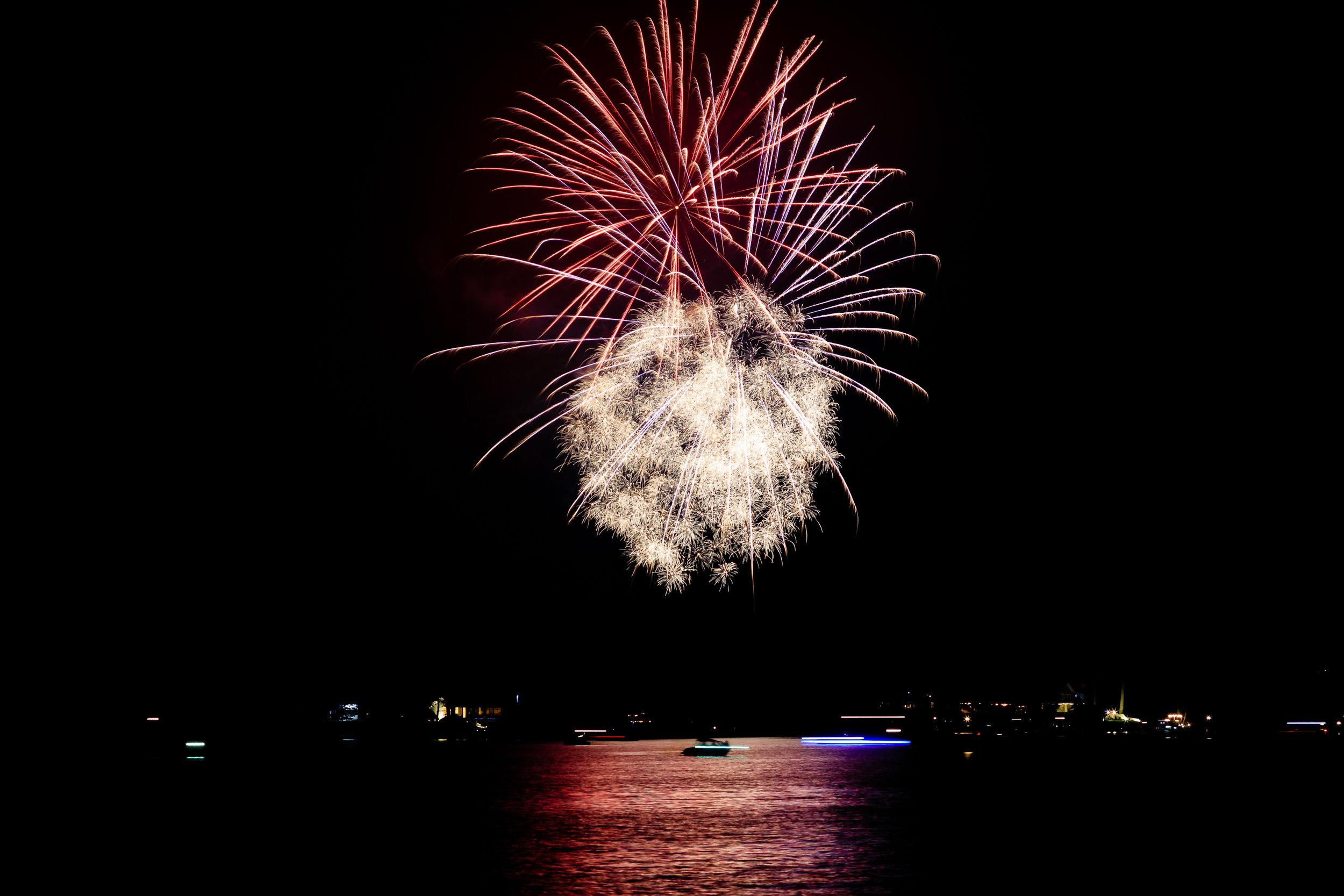 Fireworks-2582-2.jpg