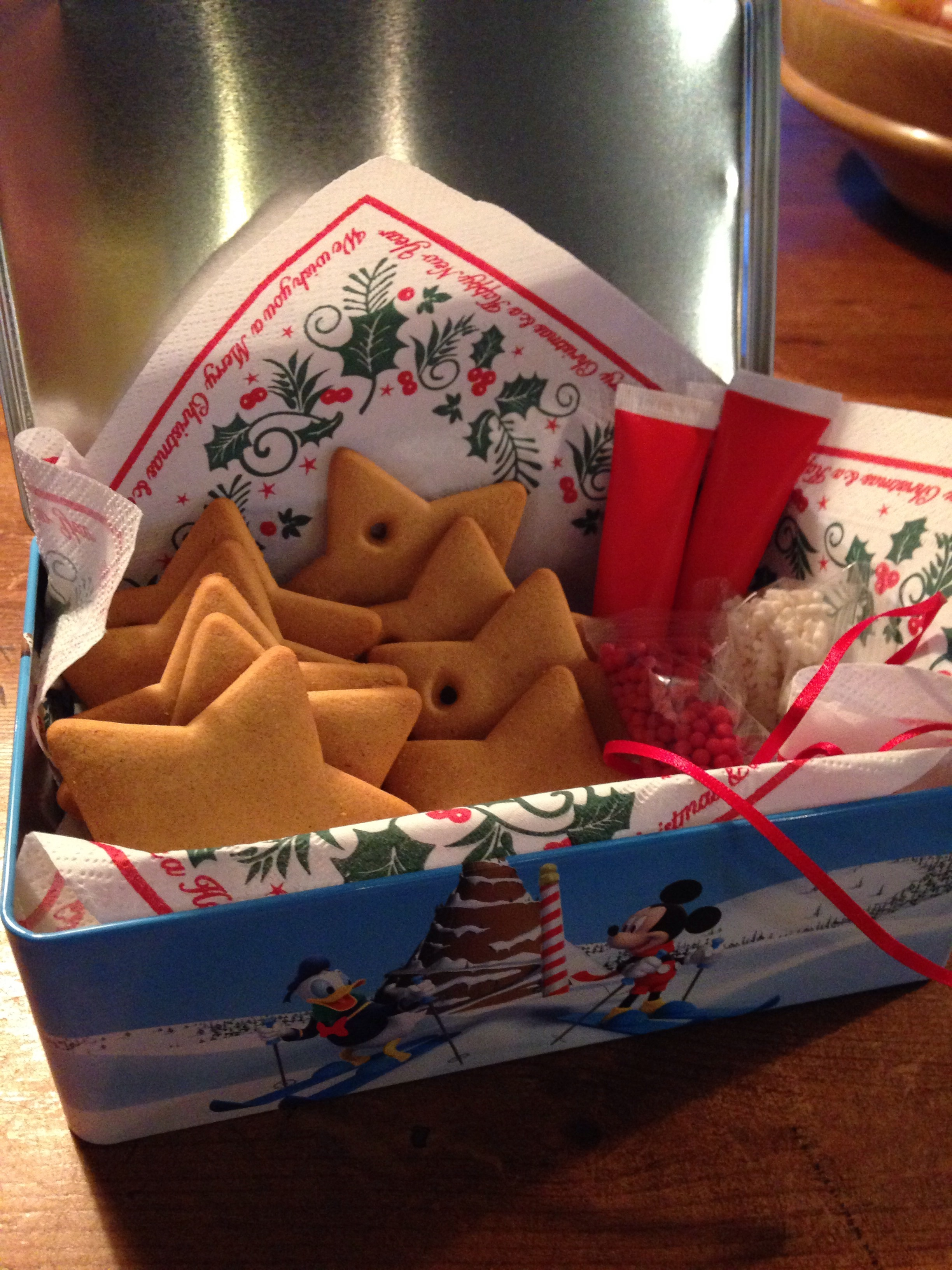 A biscuit decorating kit from the Co-op presented in a festive tin.