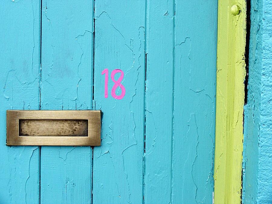 Door 18 of the Woman Next Door's advent calendar.