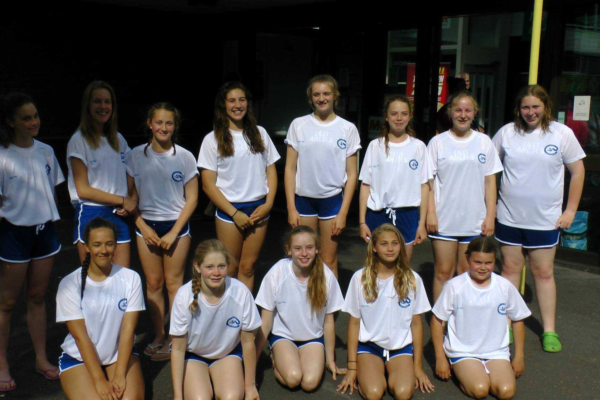Ipswich_Water_Polo_Girls_Champions1.jpg