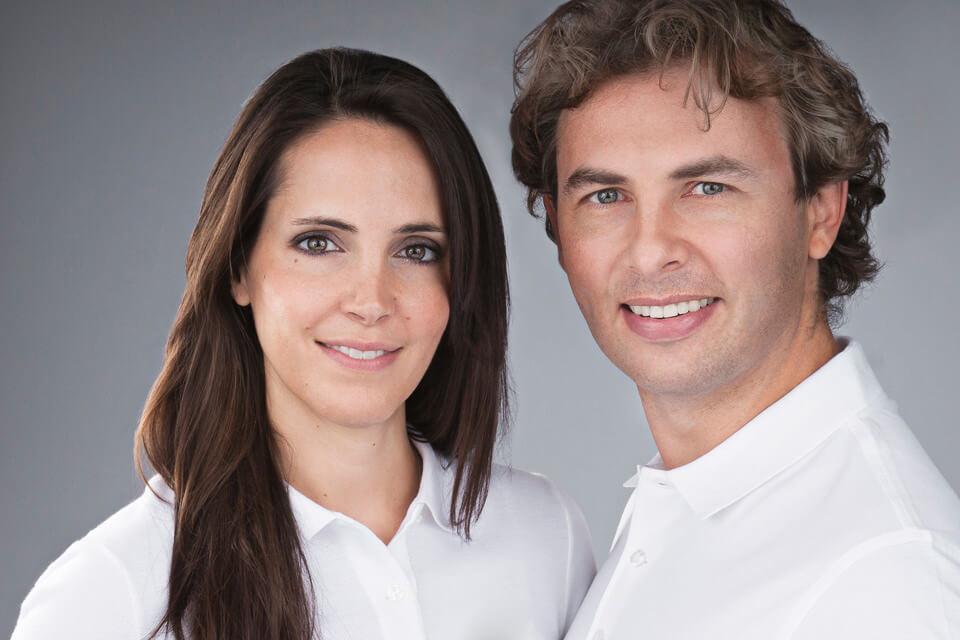 Die Doktoren  Odyssia Houstis Dudic  und  Alexander Dudic  sowie das ganze  Team  heissen Sie herzlich bei der  Praxis   LAKESIDE KIEFERORTHO  willkommen.