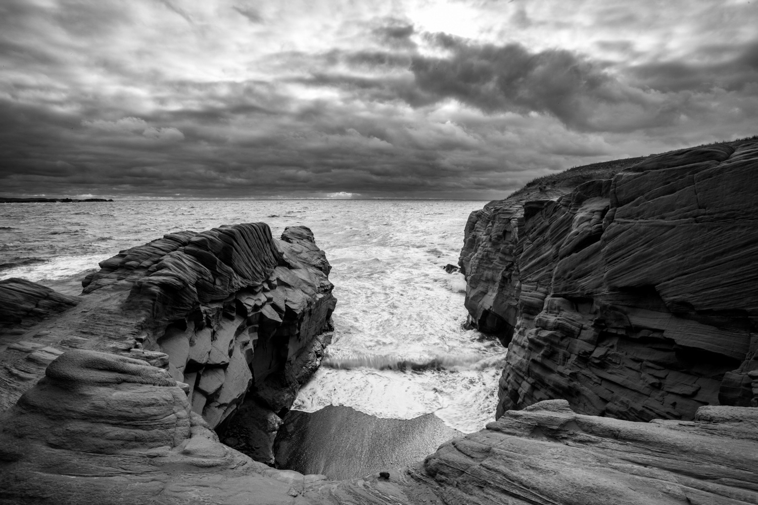 Landscape photo in the Magdalen Islands - Storm over the Borgot