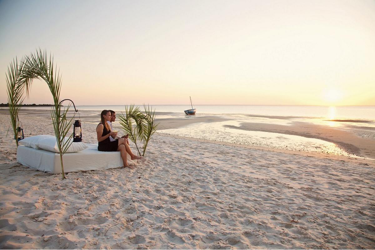 honeymoons.jpg