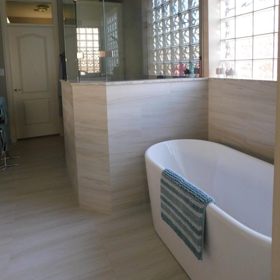 Master Bath (Shower-Tub).JPG