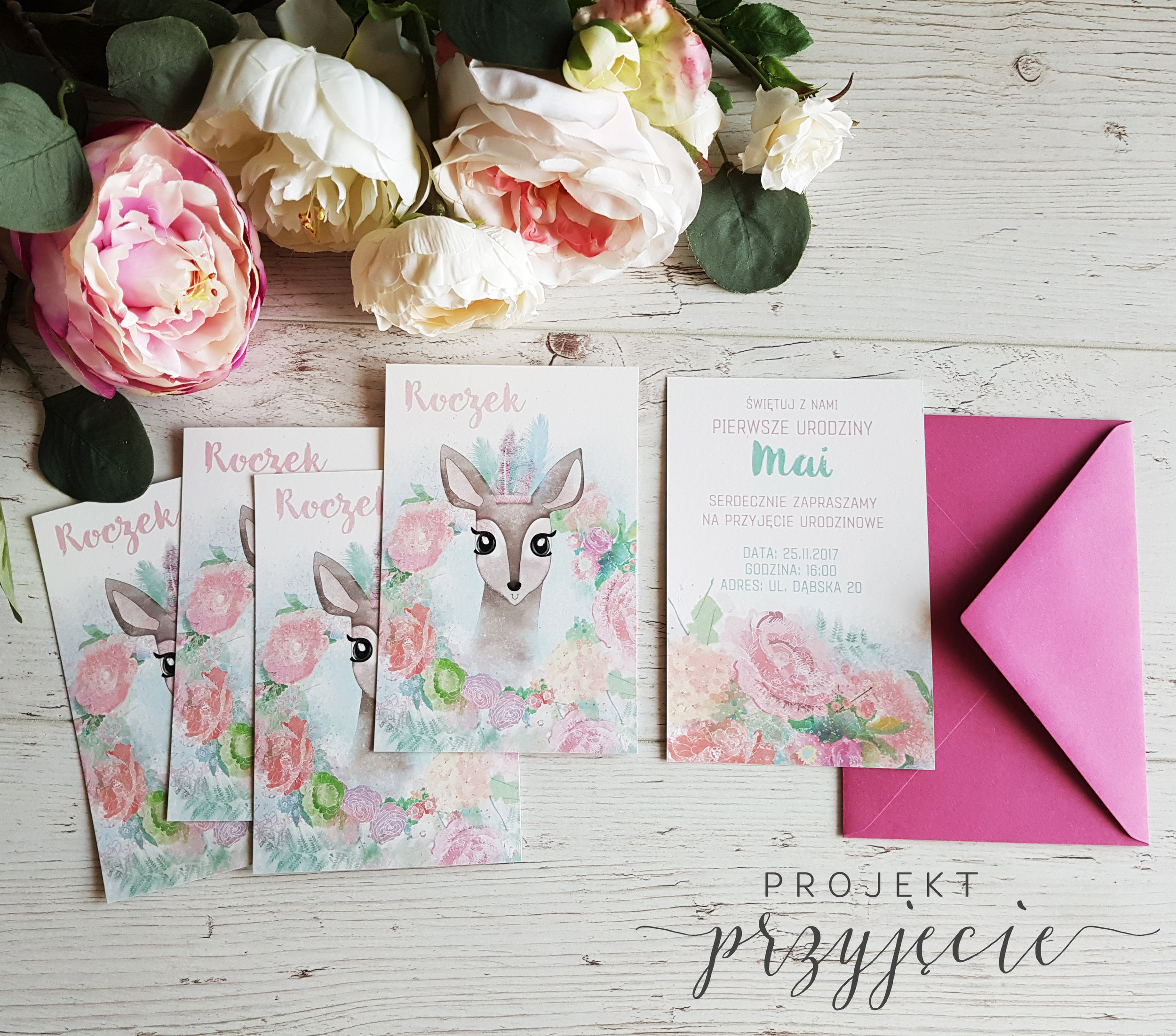 projekt-przyjecie-dekoracje-urodzinowe-papeteria-okolicznosciowa-personalizowana-boho-rustykalne-piki-girlanda-tabliczki-kwiaty-dla-dziewczynki (3).jpg
