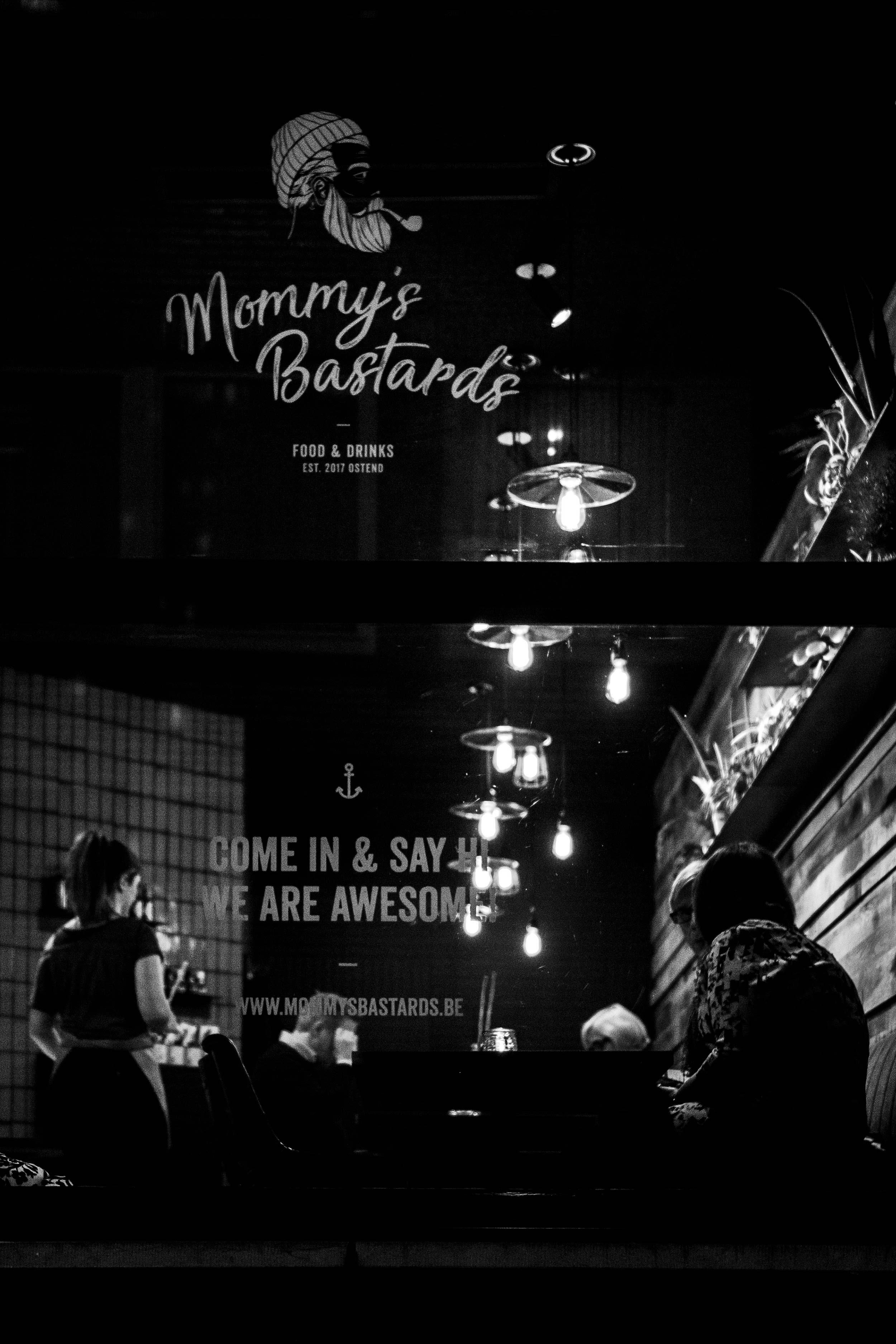 035-MommysBastards.jpg