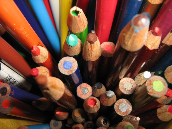 colored-pencils-1413821.jpg