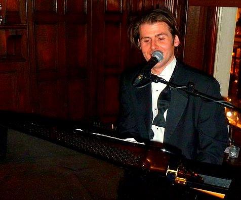 Solo Piano Vocals Scott Bramley March 2011