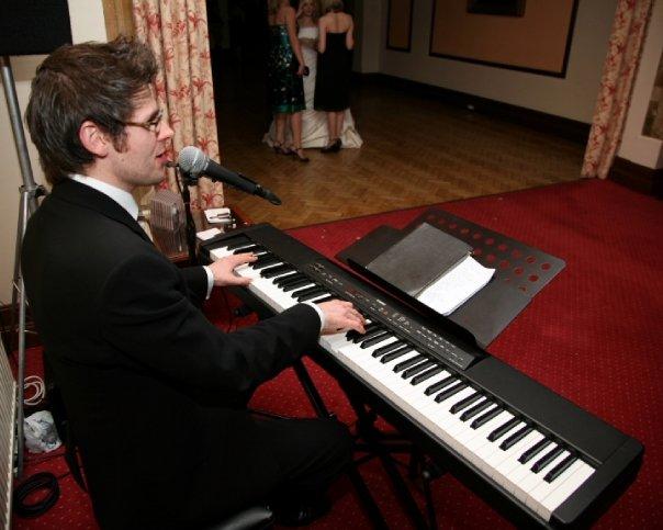 Scott Bramley Singer Pianist February 2008
