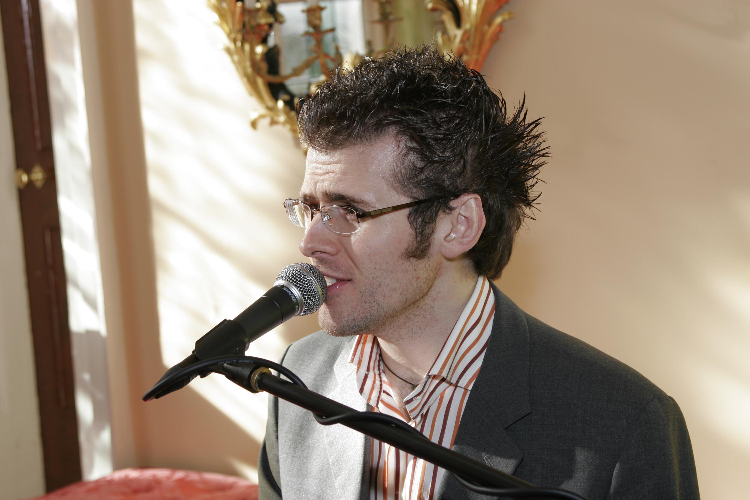 Singer Pianist Scott Bramley February 2007