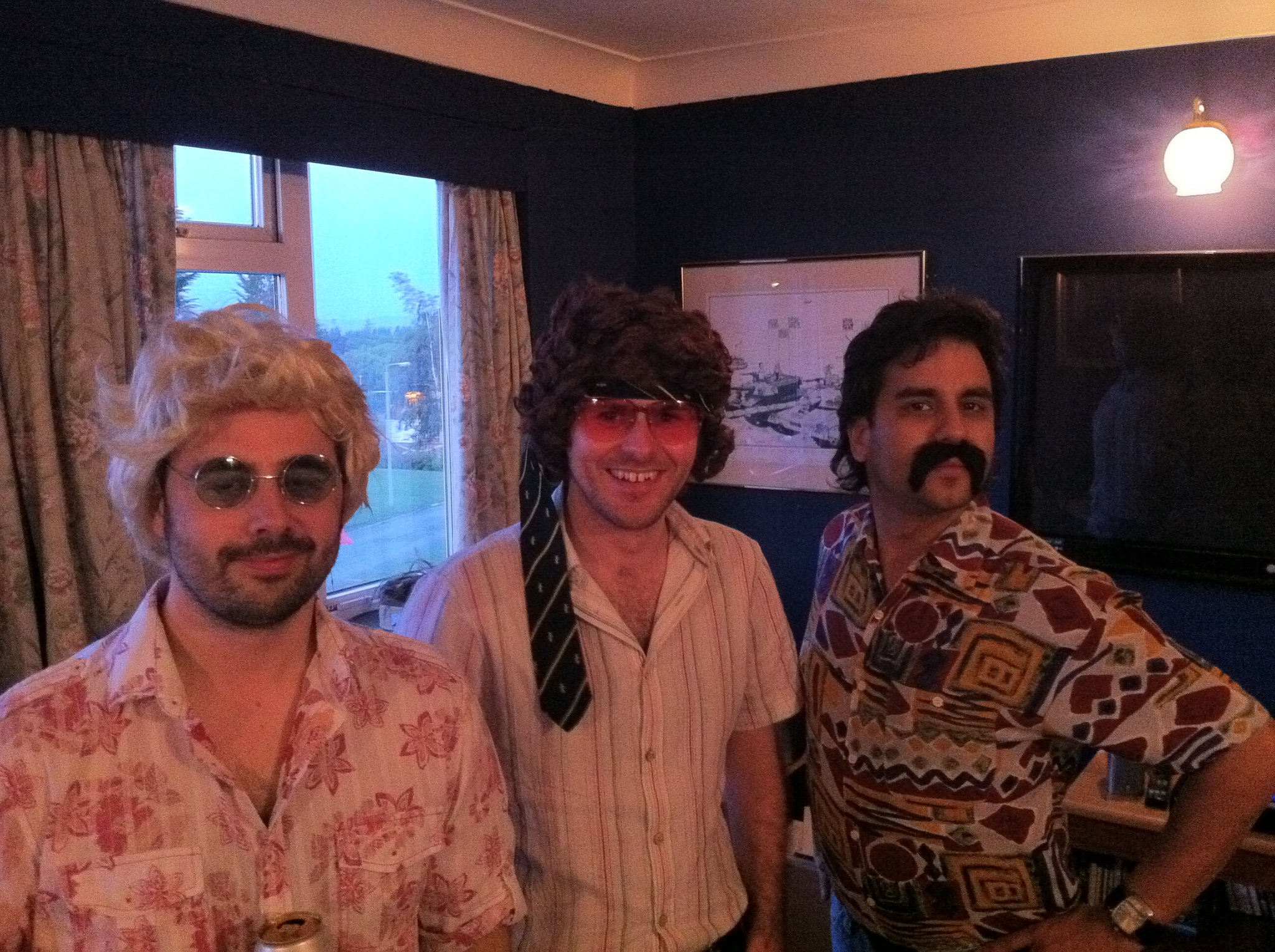 ENTOURAGE Band July 2011
