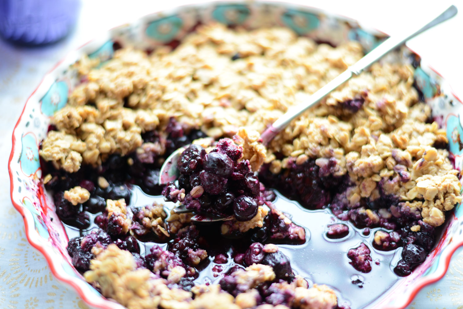 Healthy Maple Oat Berry Crisp. Naturally gluten-free and dairy-free and so yummy!