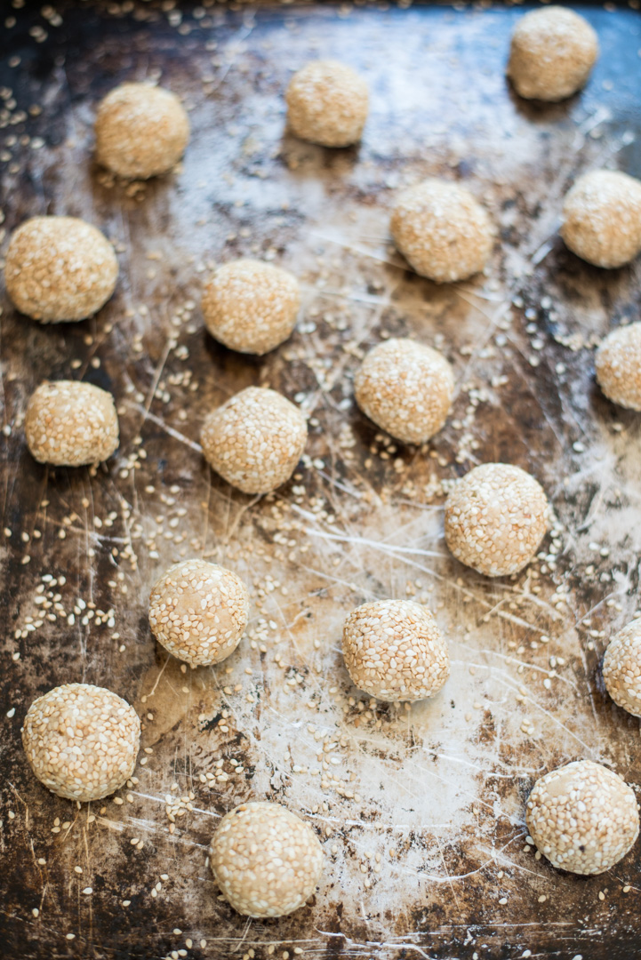 Simple and delicious, One-Bowl Honey Sesame Energy Bites are easy to make and are perfect as a snack, in lunch boxes, or as an afternoon or after dinner treat.
