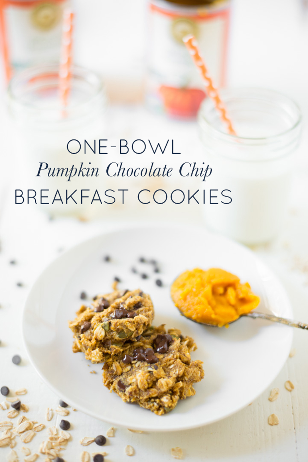 One-Bowl Pumpkin Chocolate Chip Breakfast Cookies are easy to make and perfect for a quick breakfast or snack. A naturally sweetened, gluten-free, and dairy-free, recipe! #realfoodwholelife #realfoodwholeliferecipe #glutenfree #dairyfree #healthy #clean-eating #fall #fallrecipe #pumpkin #pumpkinrecipe #halloween #halloweenparty #healthyhalloween #thanskgiving #healthythanksgiving #pumpkinspice