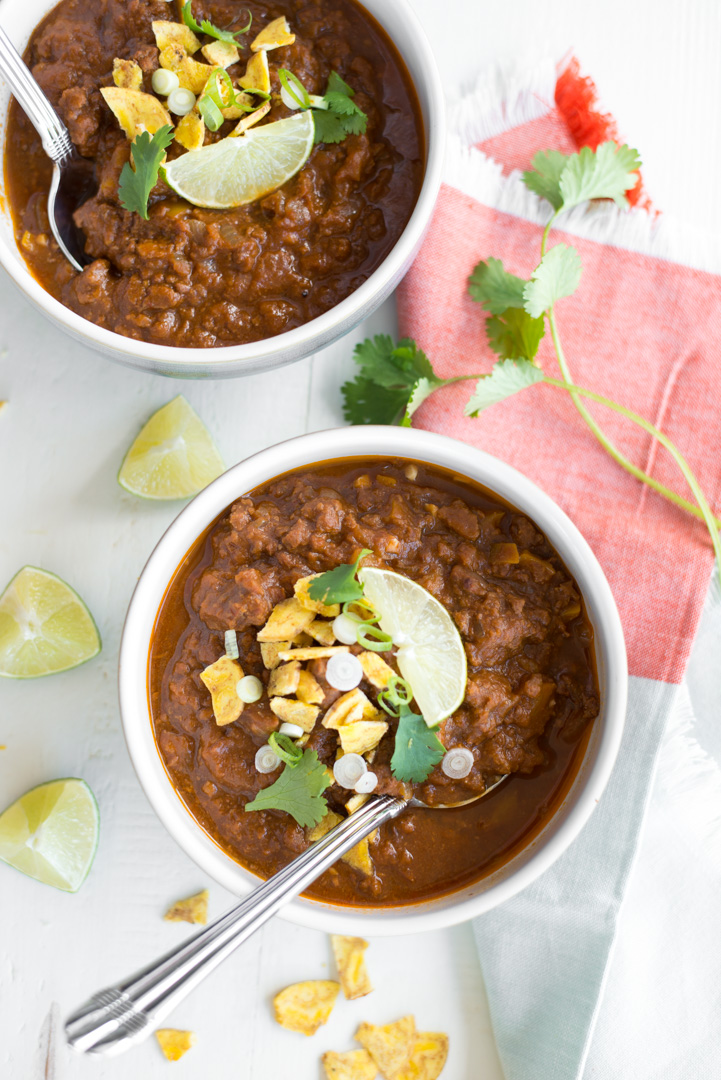 Hearty, warming, and simple to prepare, Slow Cooker Pumpkin Paleo Chili is a new fall classic that you'll want to make all year round! This recipe is naturally gluten-free, dairy-free, paleo, and whole30! #realfoodwholelife #realfoodwholeliferecipe #recipe #mealprep #whole30 #whole30recipe #paleo #paleorecipe #glutenfree #dairyfree #healthy #healthyrecipe #easyrecipe #quickrecipe #lunch #mayofree #nutfree #eggfree