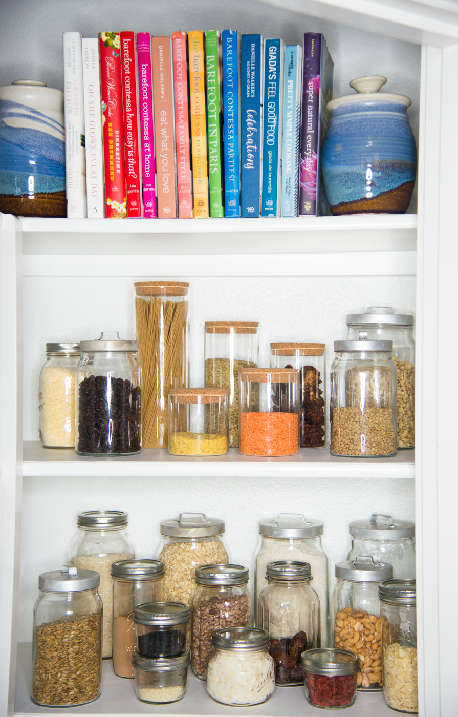 Are you ready to declutter?  To tackle the pantry and fridge, those two problem areas that cause all the kitchen chaos? This is everything you need to know to declutter your fridge and pantry, step-by-step. #realfoodwholelife #simplifedhome #simplify #organize #pantry #fridge #cleanhome #meal planning #declutter #minimal