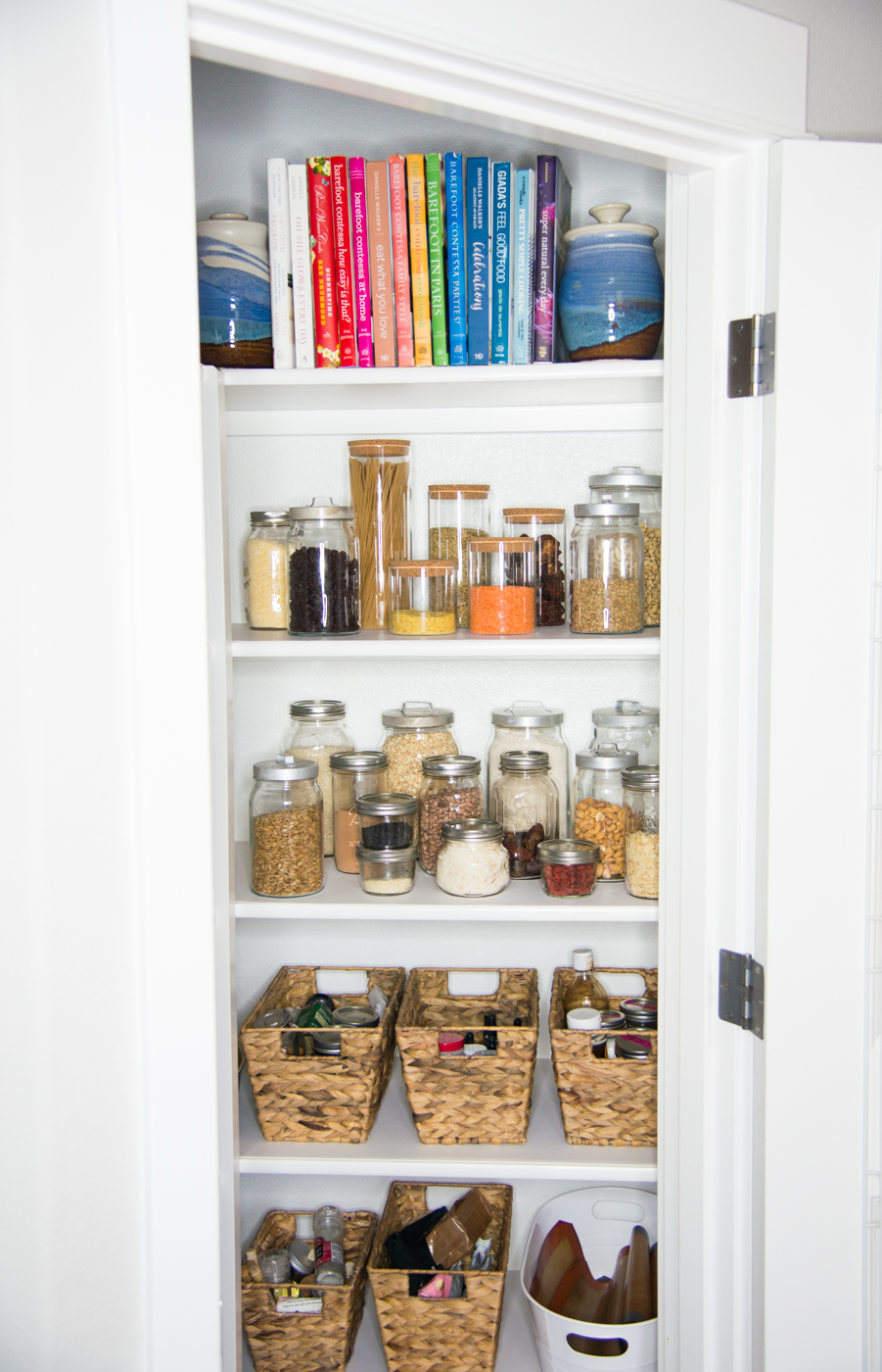 Simplified Guide to Decluttering Your Pantry & Fridge in 3 Simple