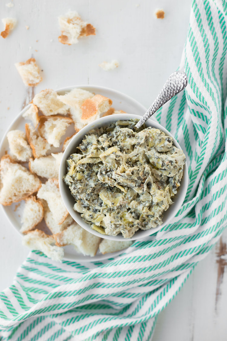 Rich,+creamy,+and+oh-so+delicious,+Slow+Cooker+Spinach+Artichoke+Dip+(Dairy-Free,+Gluten-Free)+will+be+the+hit+of+your+next+party+or+gathering!+#realfoodwholelife+#healthy+#recipe+#realfood+#cleaneating+#glutenfree+#dairyfree+#soyfree+#gra.jpeg