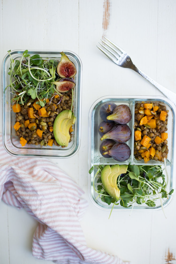 34 easy and healthy lunches to meal prep from Real Food Whole Life. #realfoodwholelife #glutenfree #dairyfree #healthymealprep #healthyschoollunch #mealplan