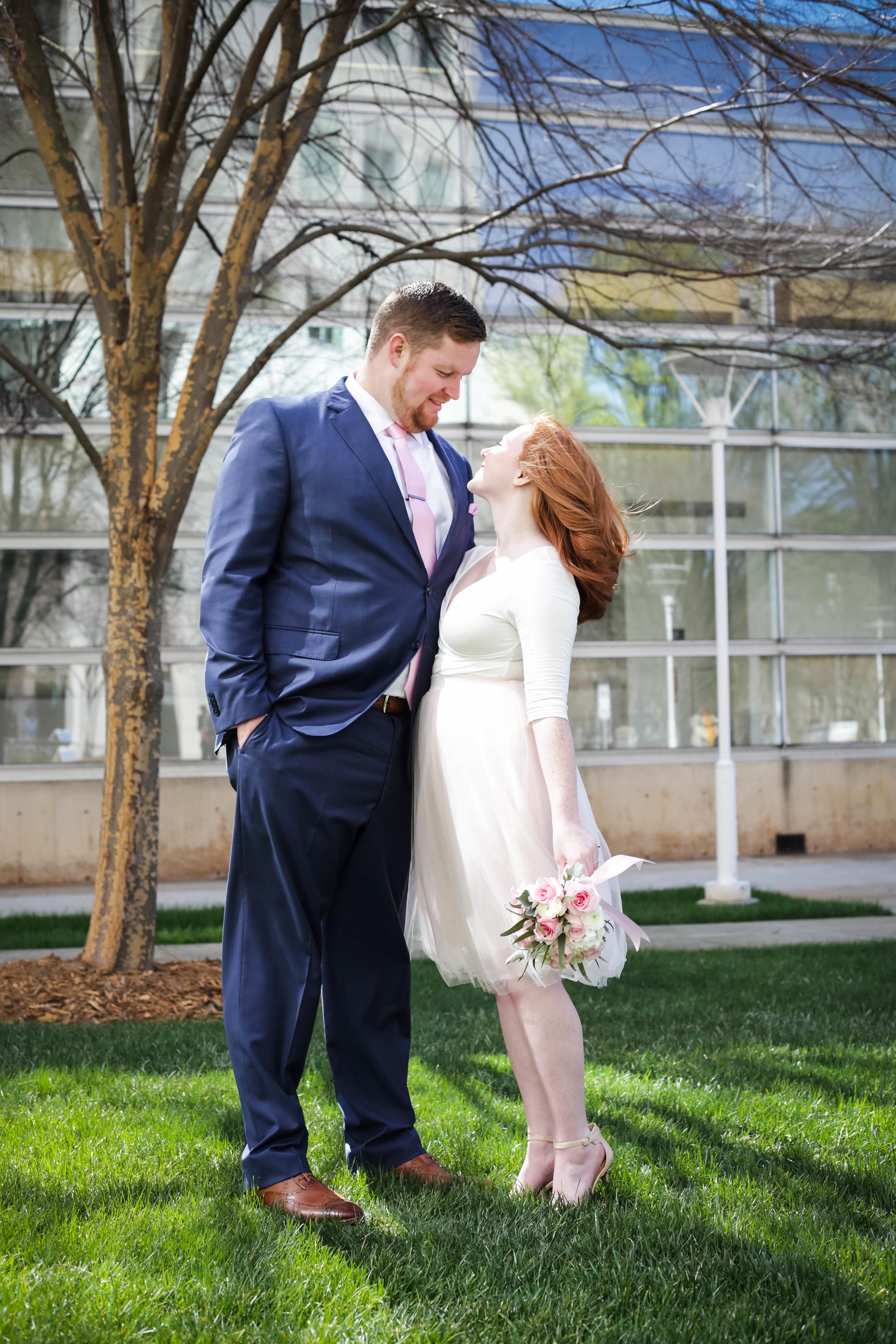 Kristen and Zach Elope Lucy Stefani008.jpg