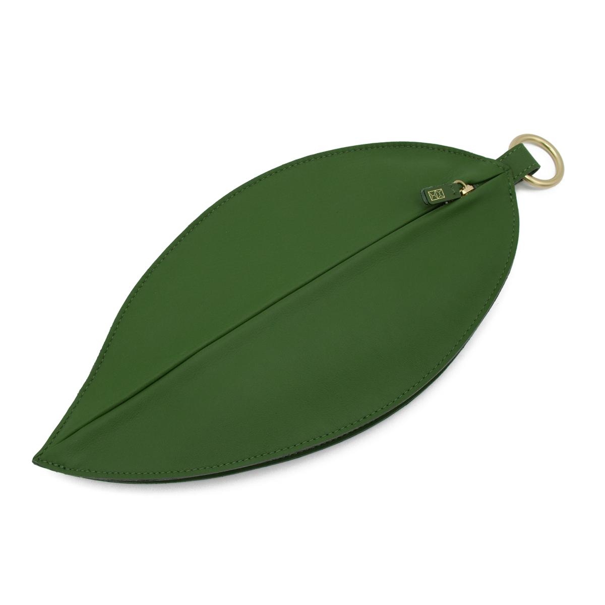 Leaf-Clutch---Front_80904b2e-cd37-4017-a8fd-c1afb08647bc_1200x.png