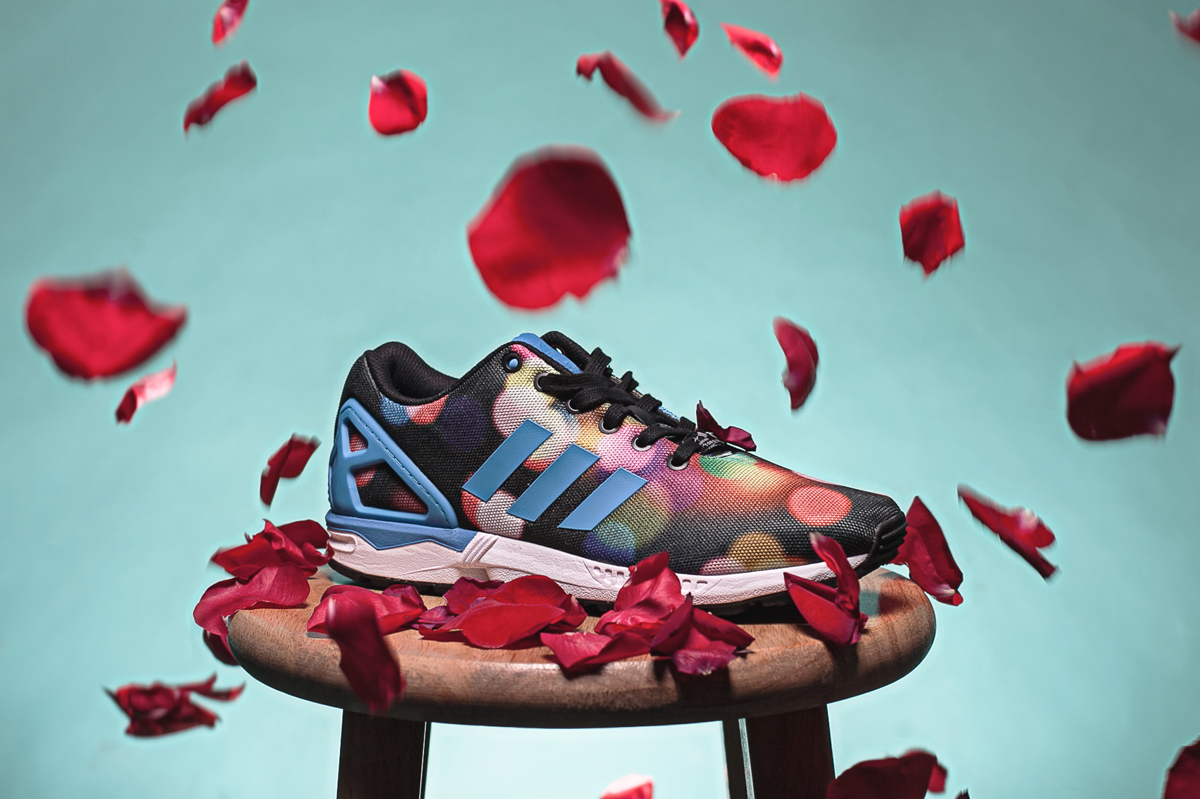 Adidas ZX Flux Campaign     Creative Direction + Set design   With the launch of the ZX FLUX SS15 shoe, Adidas wanted to express the the different colors, patterns and textures of the ZX Flux Shoe. I was commissioned to create a digital social media campaign that spoke to sneaker lovers world wide