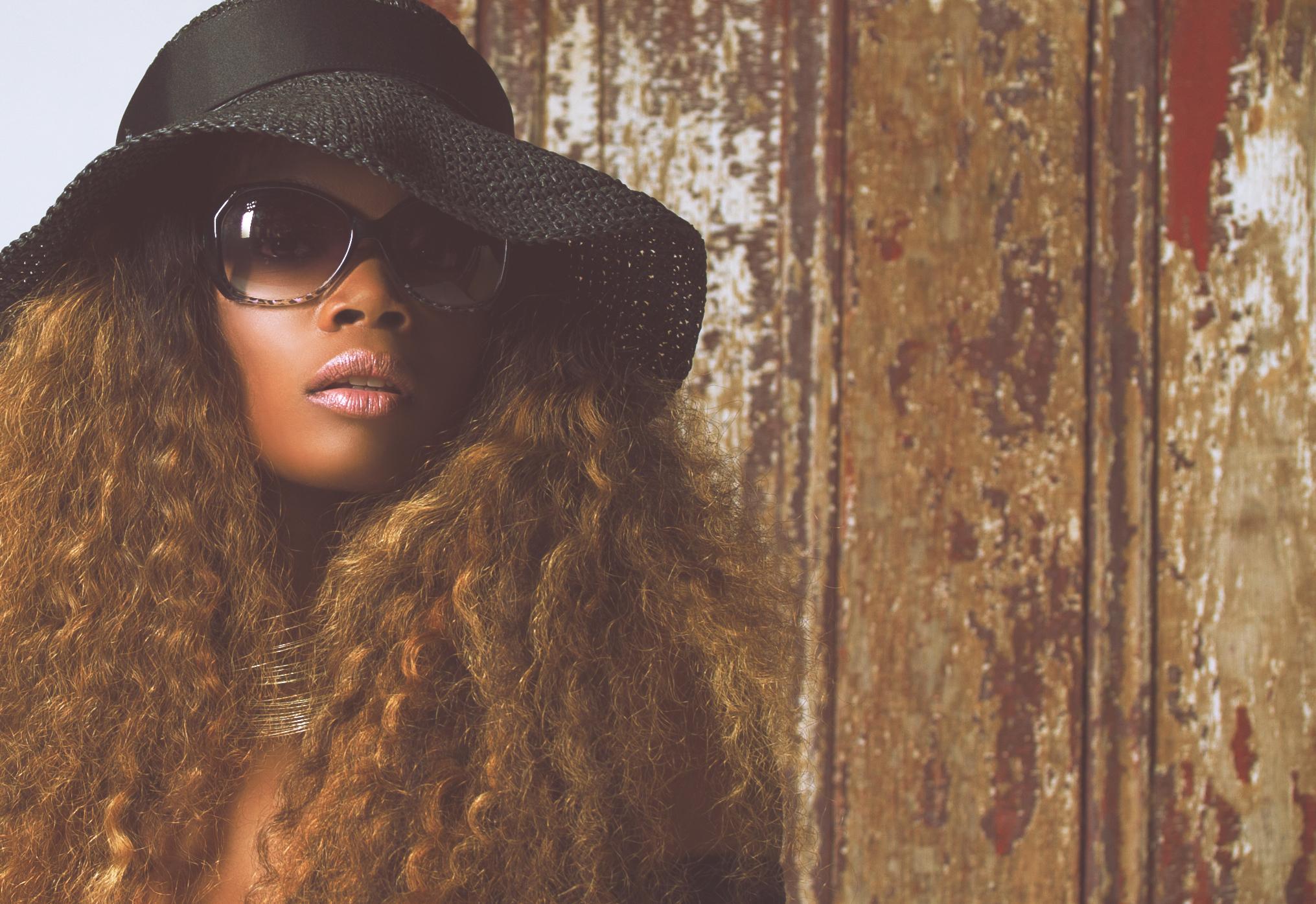 Model: Naomi Glay  Photo Credit: Smash Glam