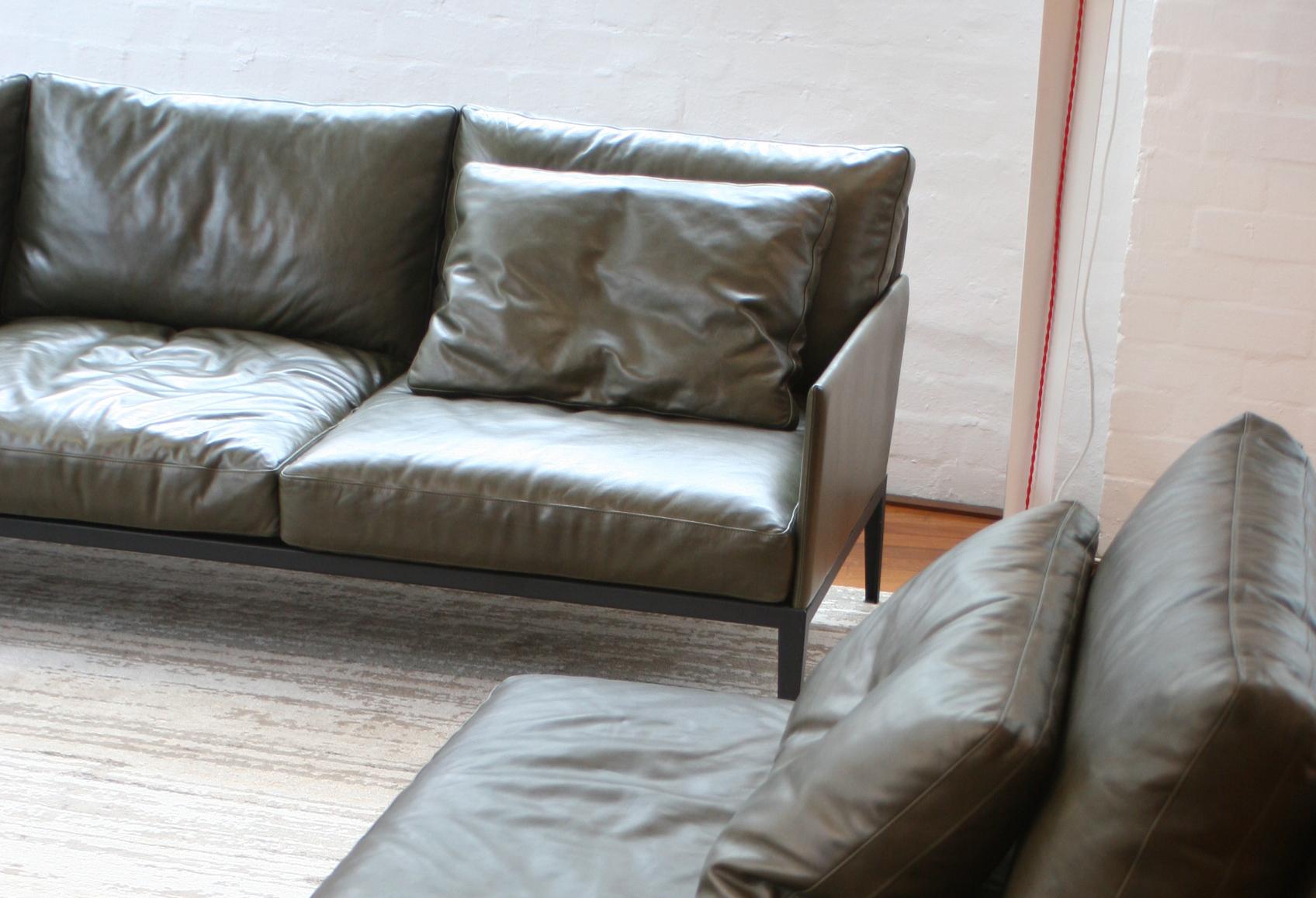 liaison sofa by Cameron Foggo6.jpg