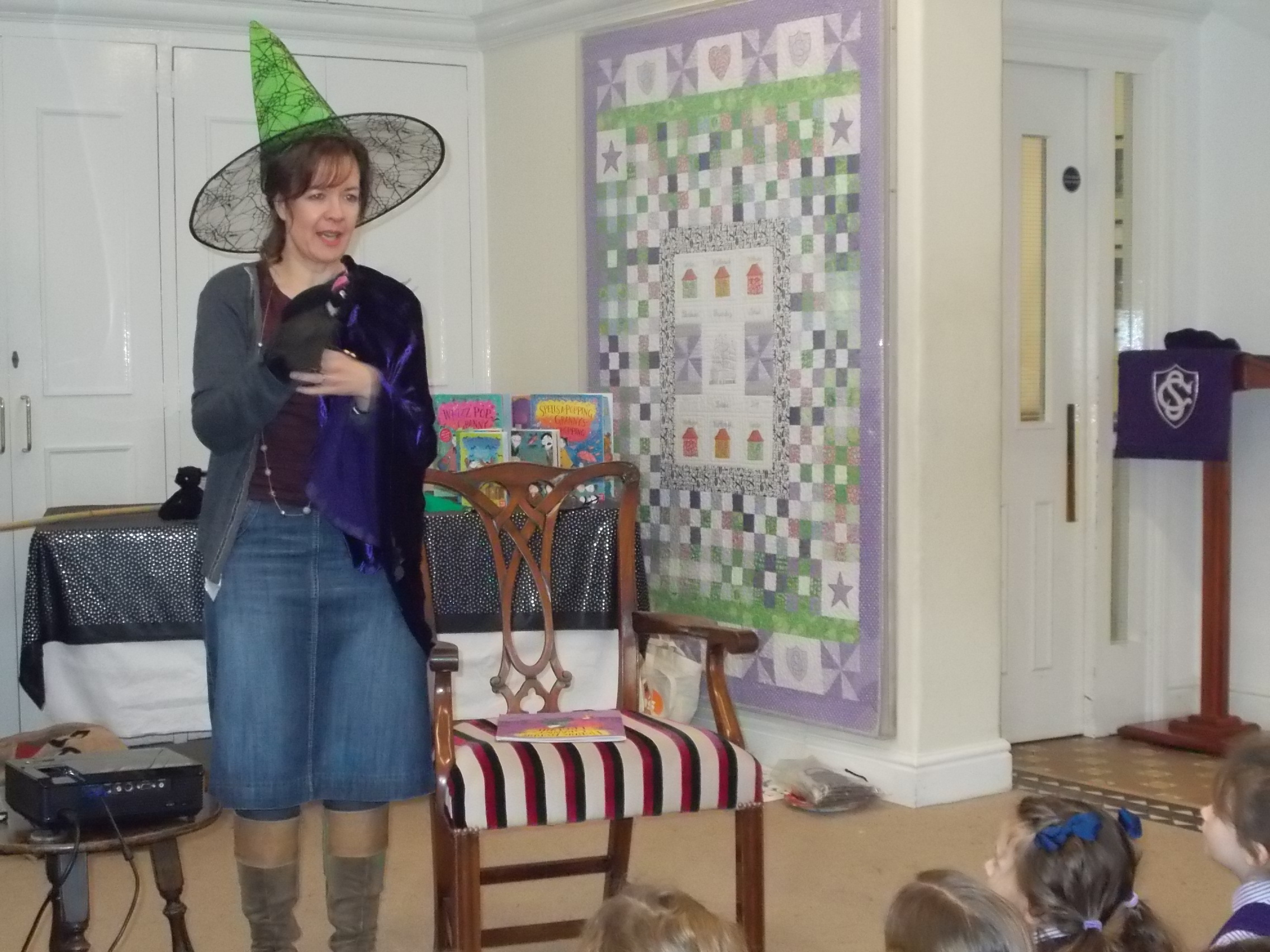 Tracey Corderoy visit 039.JPG
