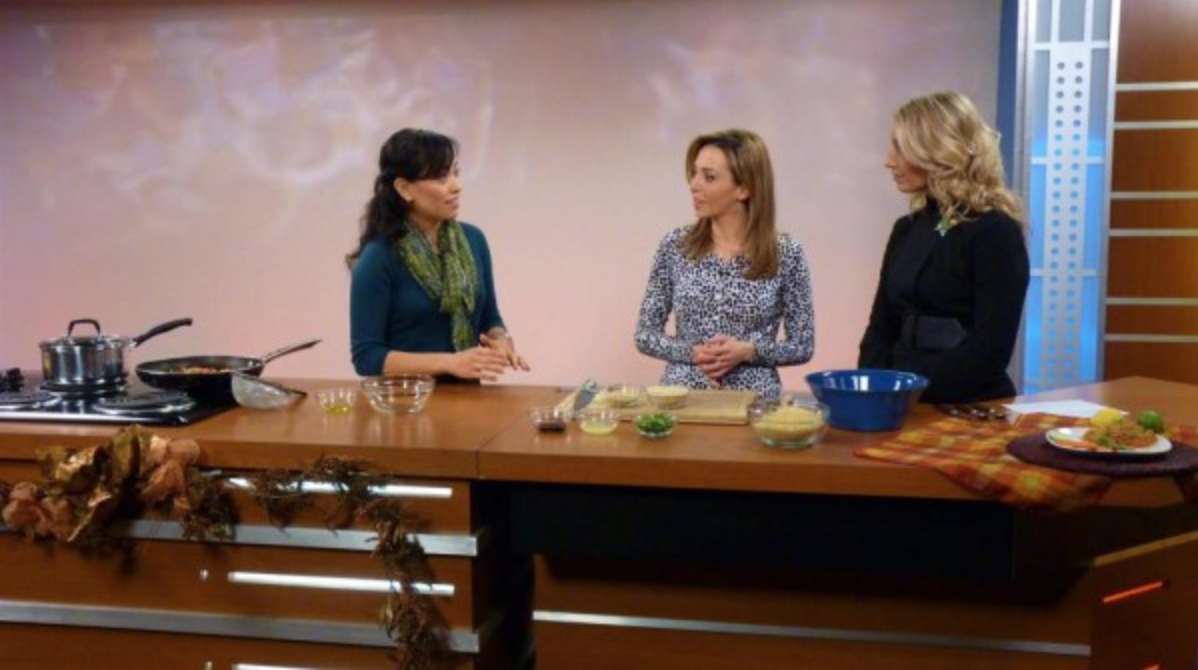 Here I am on KGUN9 ABC'sthe Tucson Morning Blend showing the hosts how to prepare this simple quinoarecipe. Photocourtesy of The Morning Blend, November 13, 2012.