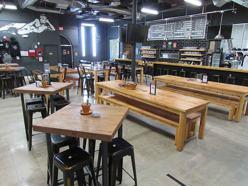 DAYTIME: TAPROOM LAYOUT TOWARD LOUNGE