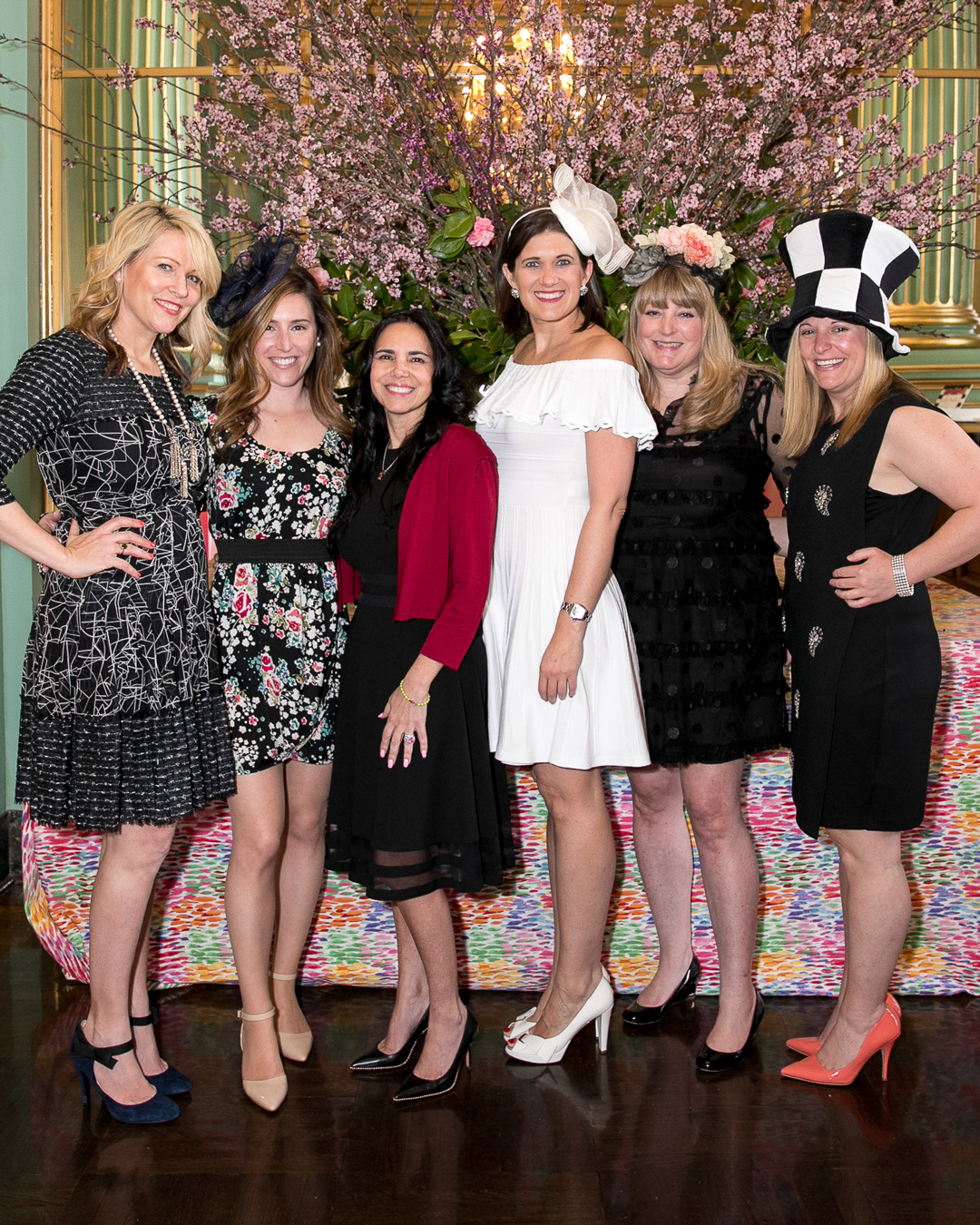 The Junior League of San Francisco Sustainer Council. Thanks to our Sustainer Vice President, Renee Goldstein (on my right) and all of these other amazing ladies on their support of this event and joining us for the tea.