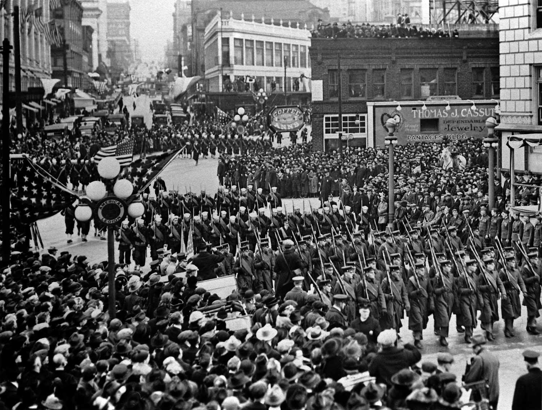 amer-legion-parade-then1.jpg