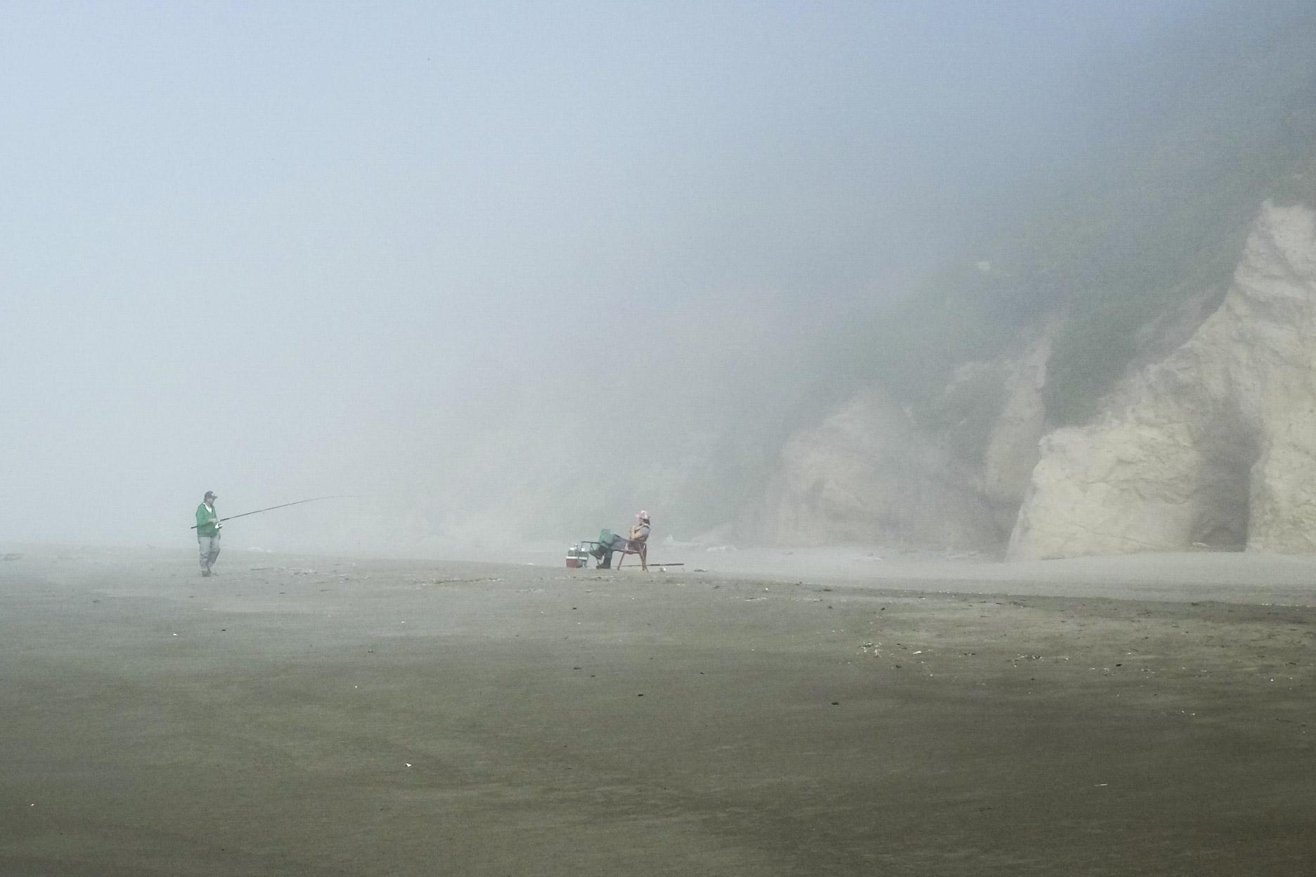 Black-Bear-Brand-Tilley-Surfboards-Water-Testing-03.jpg