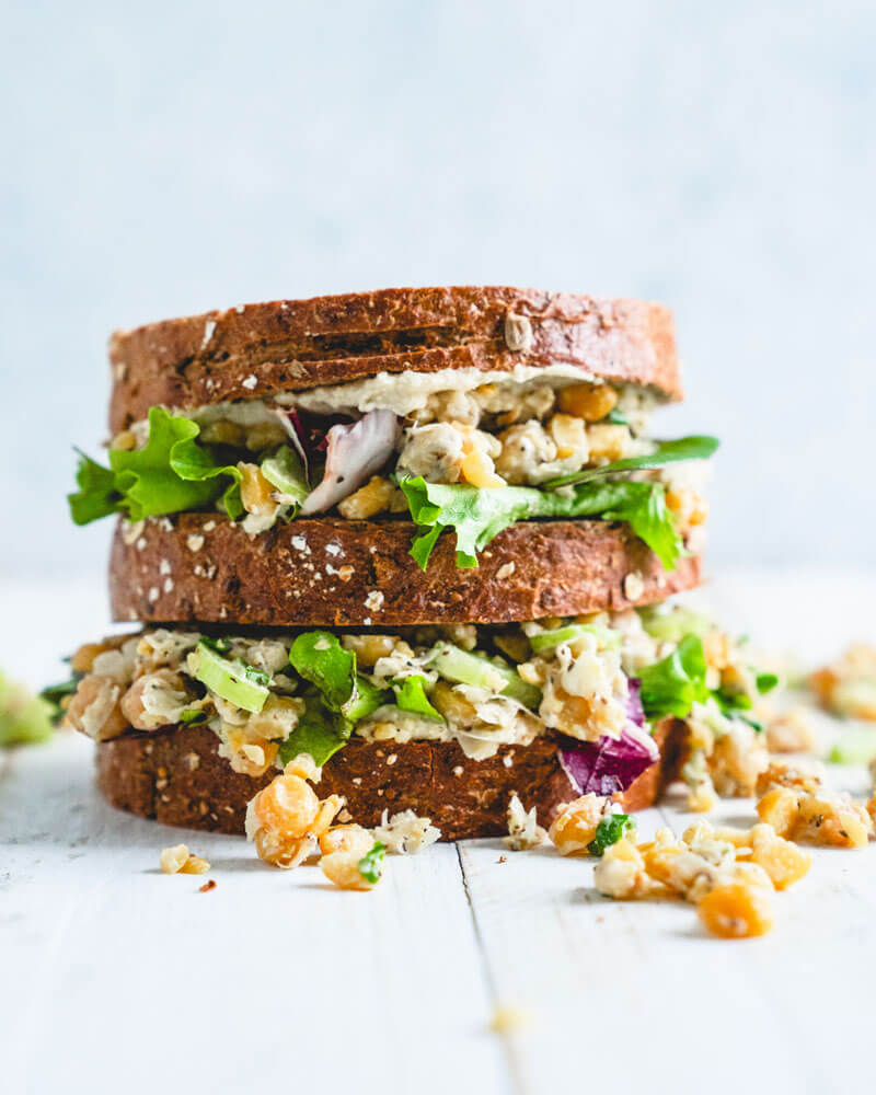 Chickpea-Salad-Sandwich-001.jpg