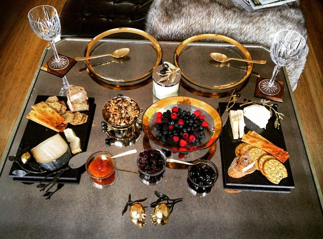 Snack time is the best time. 🍎🍌🍤🍇🍡 ||  #nomnom #michaelaram #yum #nyc #openhouse #brunch #snack #gold #glassware #luxury #decor @michaelaraminc #modern #chic #style #fall #fur #openhouseny (at The High Line)