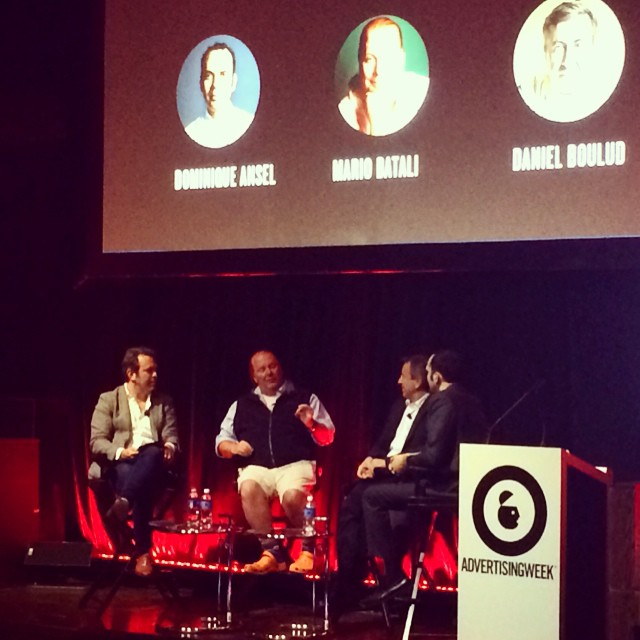 Foodies talking branding 🍰🍕🍤🍜🍪🍗🍩 #cronuts #AWXI #tastingtable  (at Liberty Theatre)
