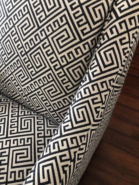 Above: A classic Greek key pattern.