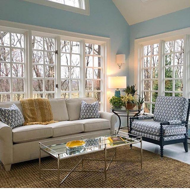 We love this sunroom by @makenest ❤️🛋 Go give them a follow 🙌  #performancefabric #upholsteryfabric  #interiordesign  #interiordesignmagazine  #livingroomdesign