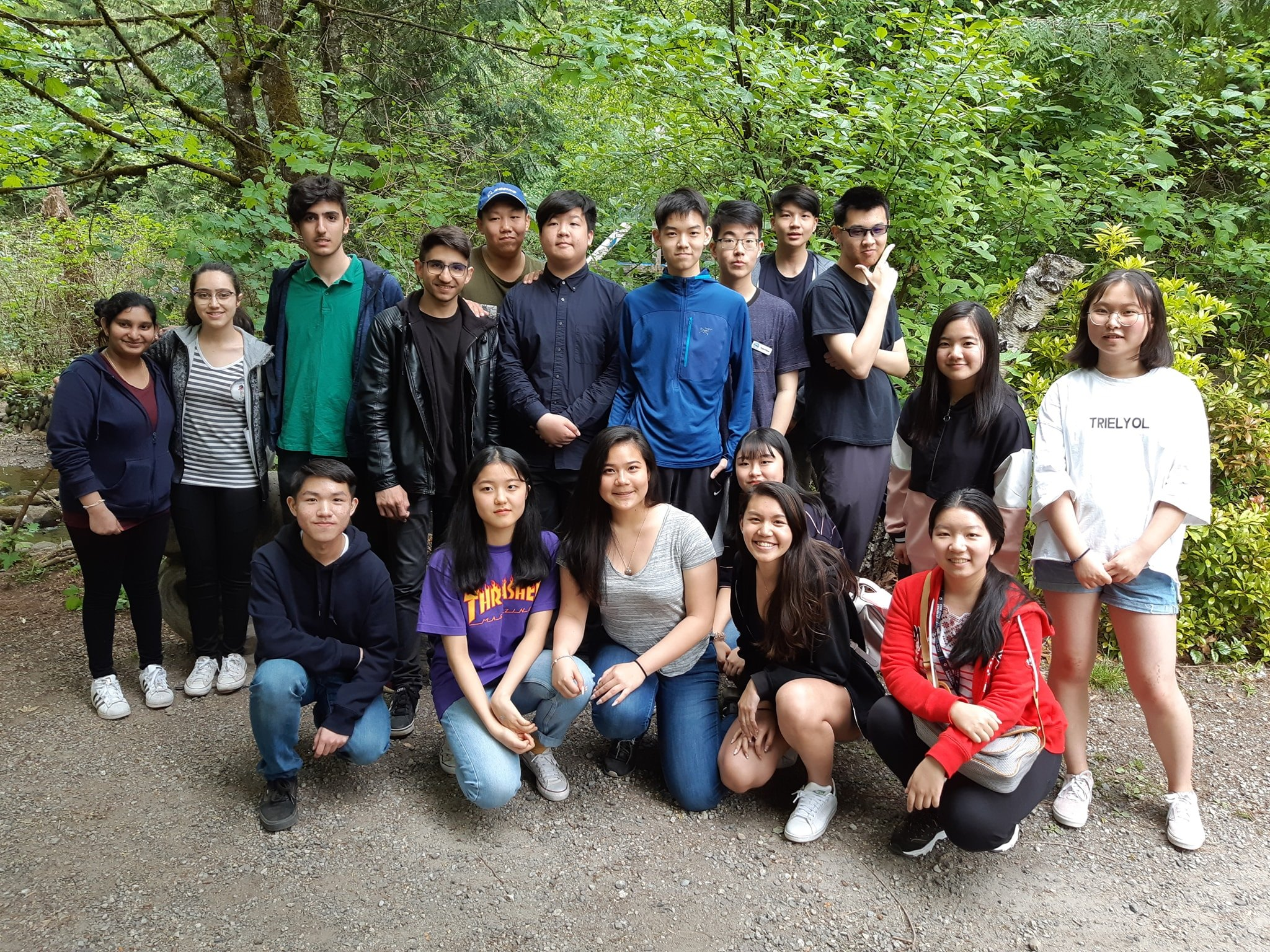 Salmon Leave Home 2019 at Hoy Creek Hatchery -- THANK YOU Student Volunteers!